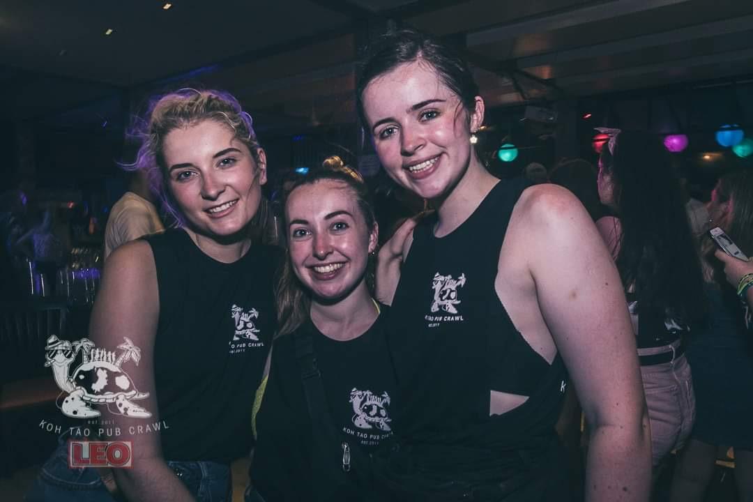girls in nightclub